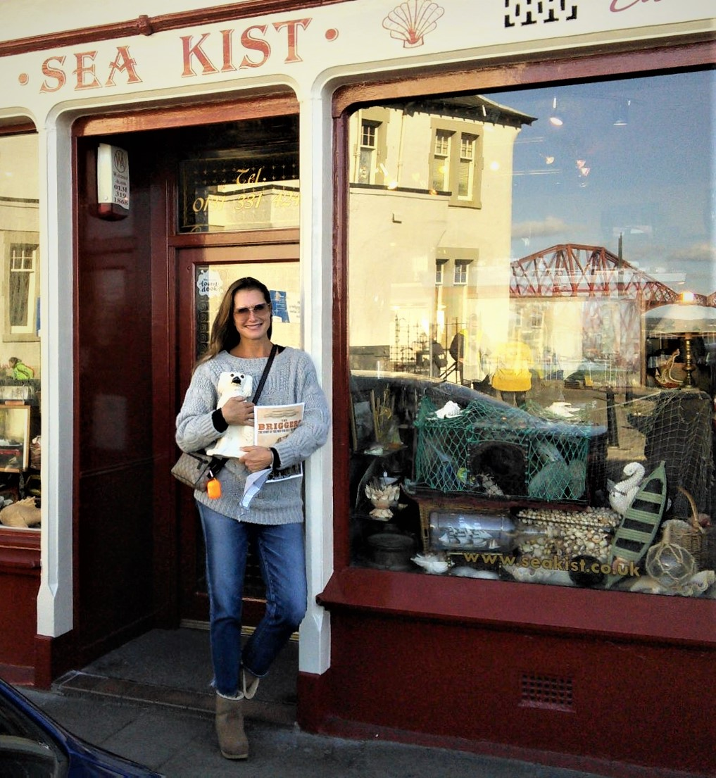 Hollywood star Brooke Shields outside Sea Kist antiques shop in South Queensferry.